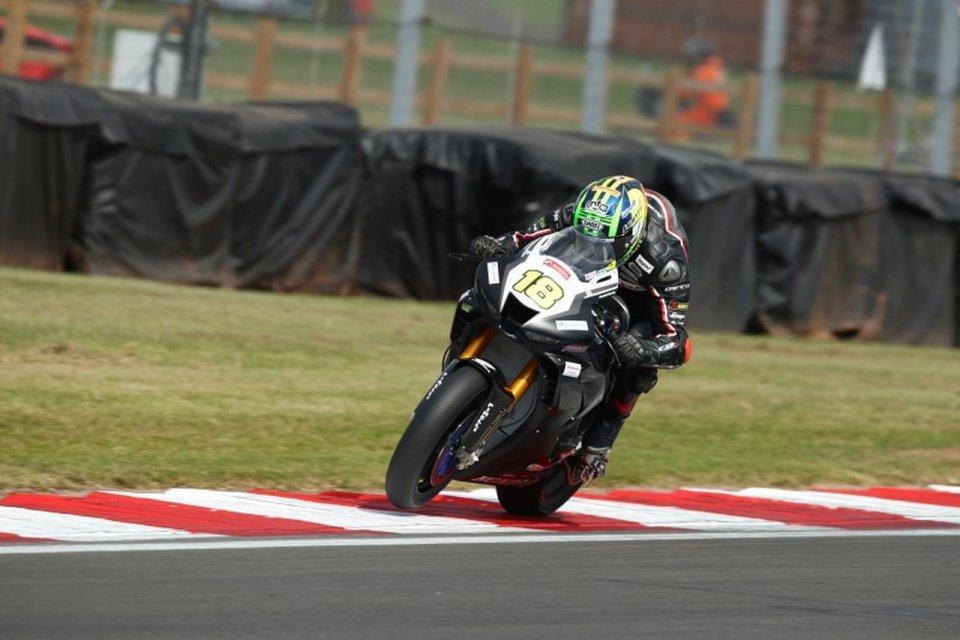 SBK: BSB, Honda vince al debutto con Andrew Irwin a Donington