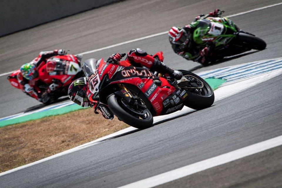 SBK: Fuoco Nemico Ducati: ad Aragon un attacco a tre punte contro Rea