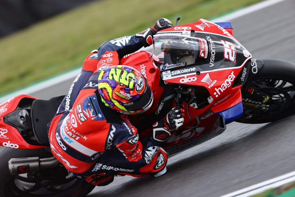 SBK: Ducati vs Honda battle continues in BSB with wins for Brookes and Glenn Irwin