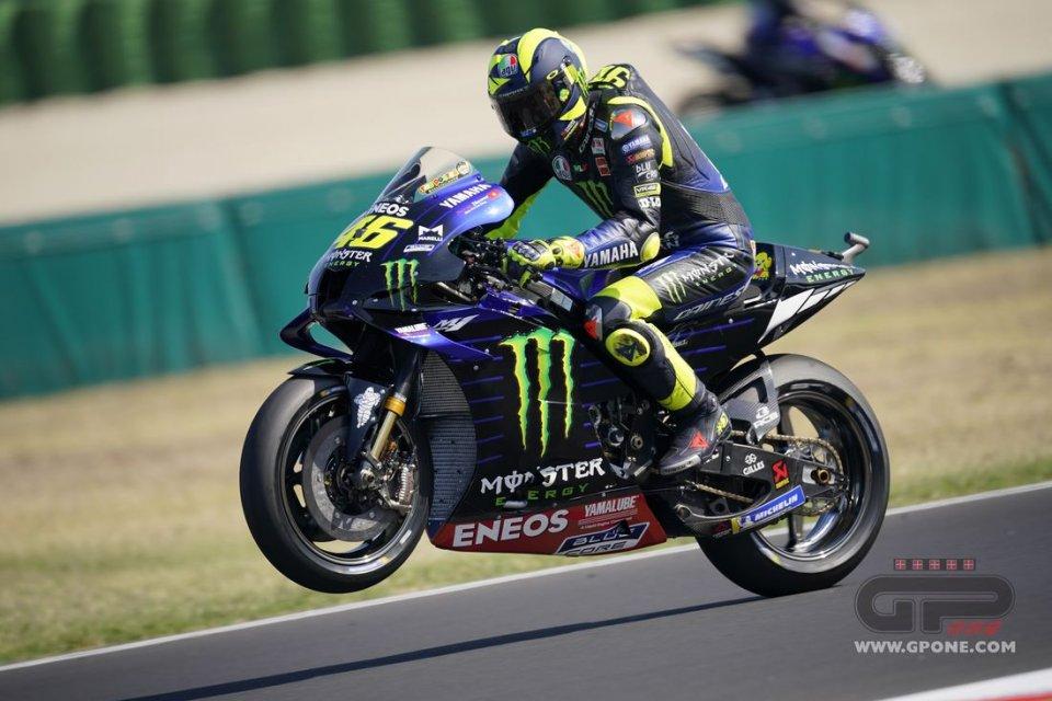 MotoGP: Misano: Rossi sfrutta il Viagra ed è 1°! Tris Yamaha in FP3, Dovi 10°
