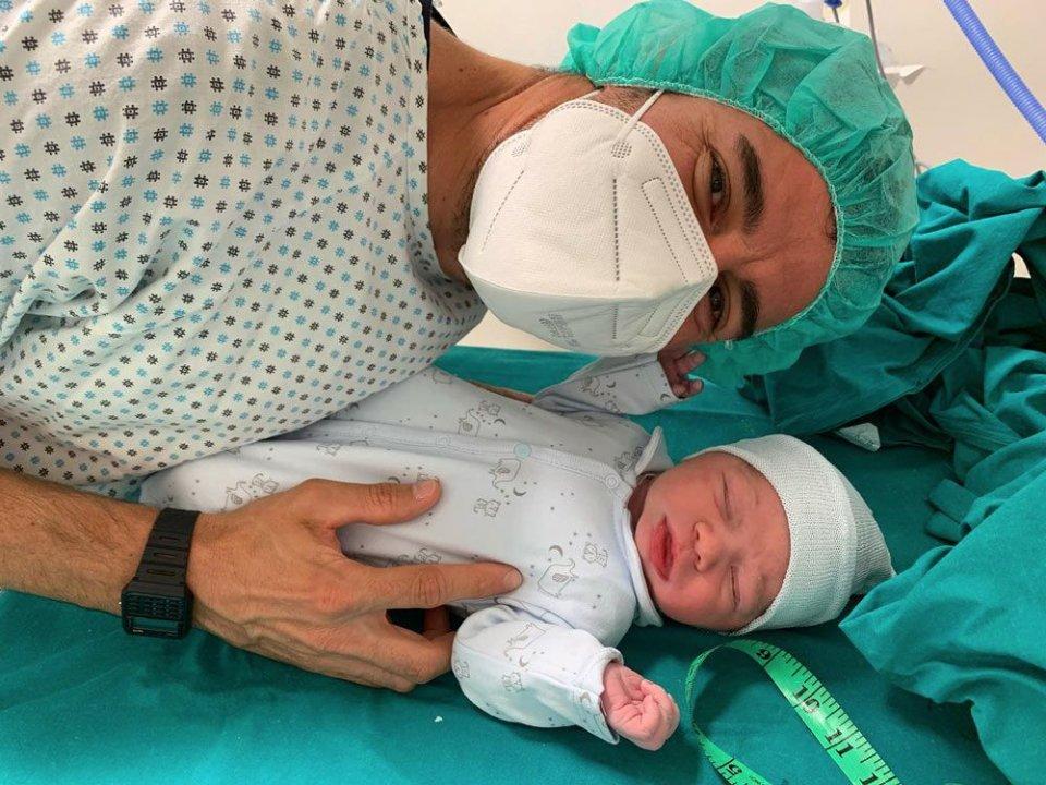 News: Fiocco azzurro in casa Corsi: è nato Michael