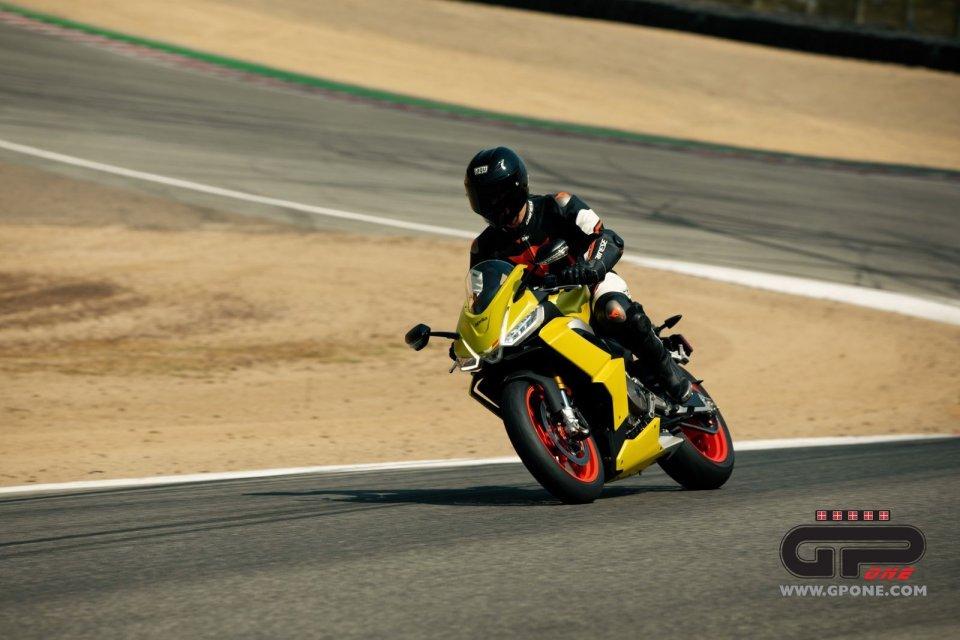 Moto - News: L'Aprilia RS 660 è già in pista al 'Cavatappi' di Laguna Seca