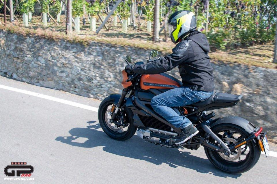 Moto - News: Harley-Davidson LiveWire: richiamo (l'ennesimo), rischio spegnimento in marcia