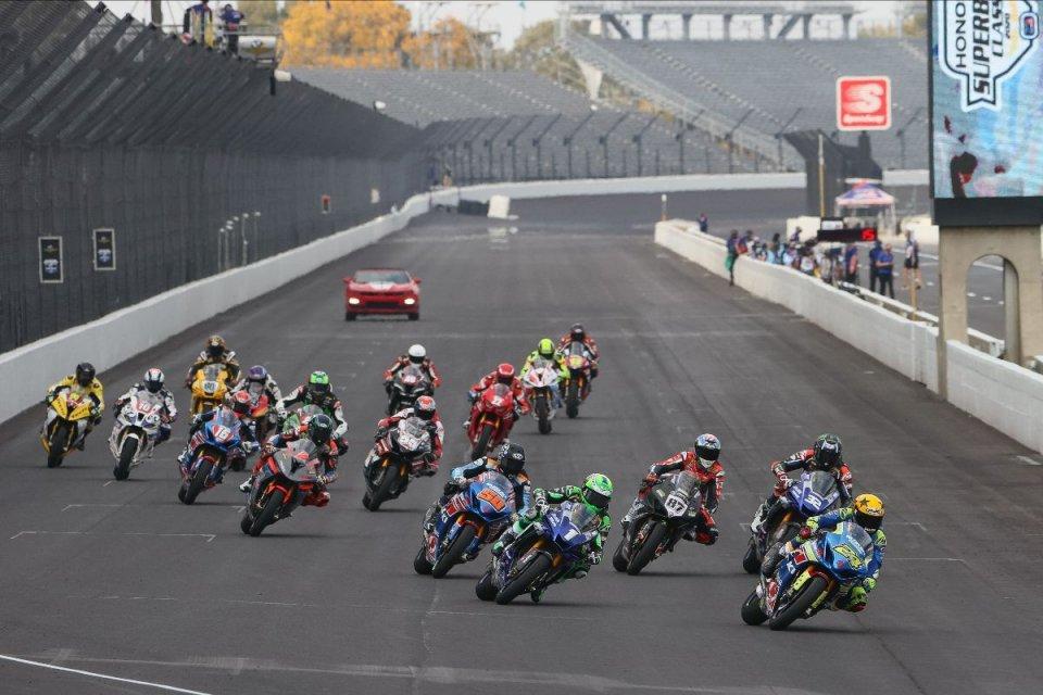 MotoAmerica: A Indy cade Beaubier e vince Fong ma Zanetti è 3° in Gara 1