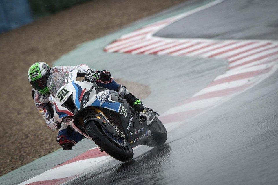 SBK: BMW da sballo nella Superpole di Magny-Cours: 1° Laverty, 2° Sykes