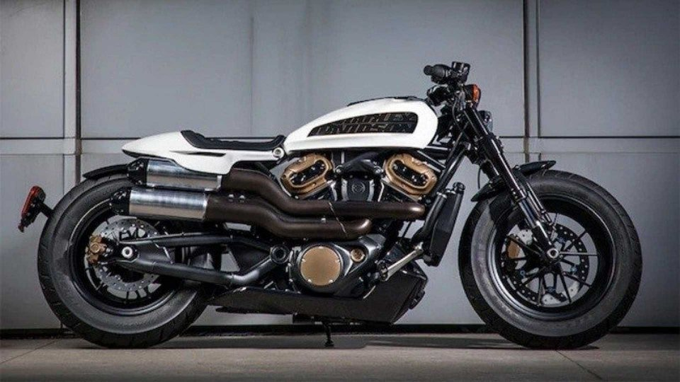 Moto - News: Harley-Davidson Custom 1250, arrivo previsto nel 2021