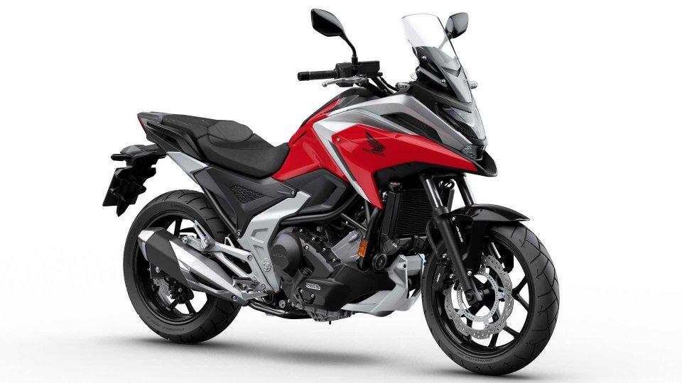 Moto - News: Honda NC750X 2021: più leggera, più potente, più aggressiva