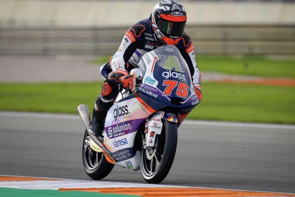 Moto3: Valencia, FP3: arriva la pioggia, nessuno migliora e Arenas è in Q1