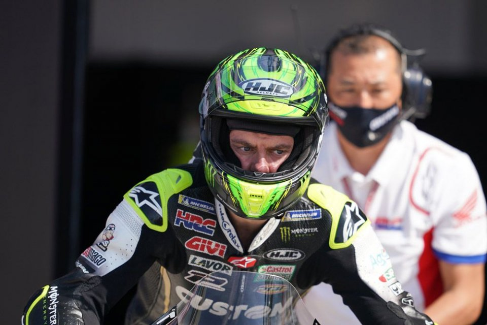"""MotoGP: Crutchlow: """"My arm is really swollen. Tomorrow I'll decide whether to continue."""""""