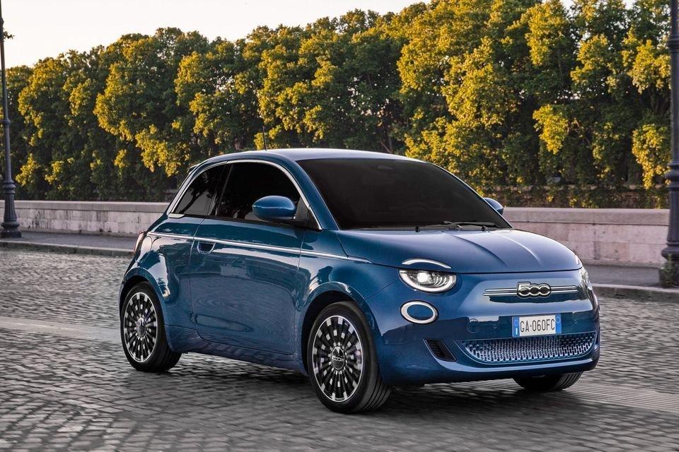 Auto - News: MERCATO AUTO: novembre disastroso, con vendite auto a -8,3%, sono 10 mesi su 11
