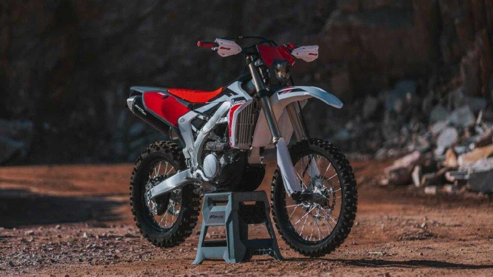 Moto - News: Fantic XEF 250 Enduro 4T, arriva l'alternativa