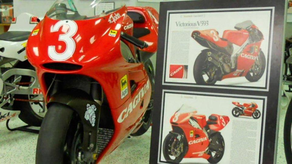 Moto - News: In vendita la Cagiva 500 con cui Kocinski vinse a Laguna Seca nel 1993