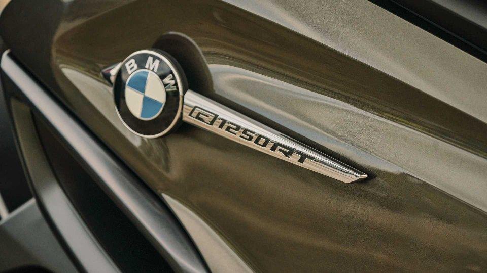 Moto - News: BMW Motorrad CMC Next: la sicurezza connessa tra moto e auto