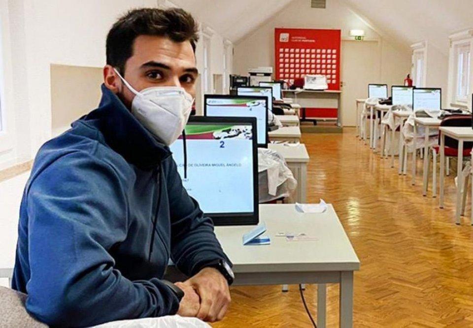 MotoGP: Miguel Oliveira vince anche... a scuola guida