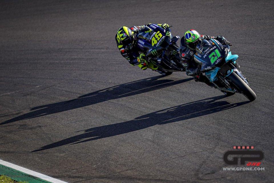 MotoGP: Yamaha, il nemico alle porte: Monster con Rossi sulle carene Petronas