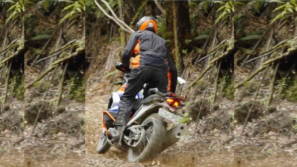 Moto - News: KTM, in arrivo una nuova Adventure [Video]