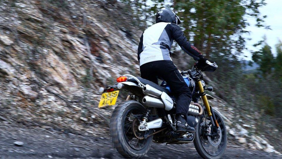 Moto - News: Triumph Street Scrambler Sandstorm, in arrivo nel 2022?