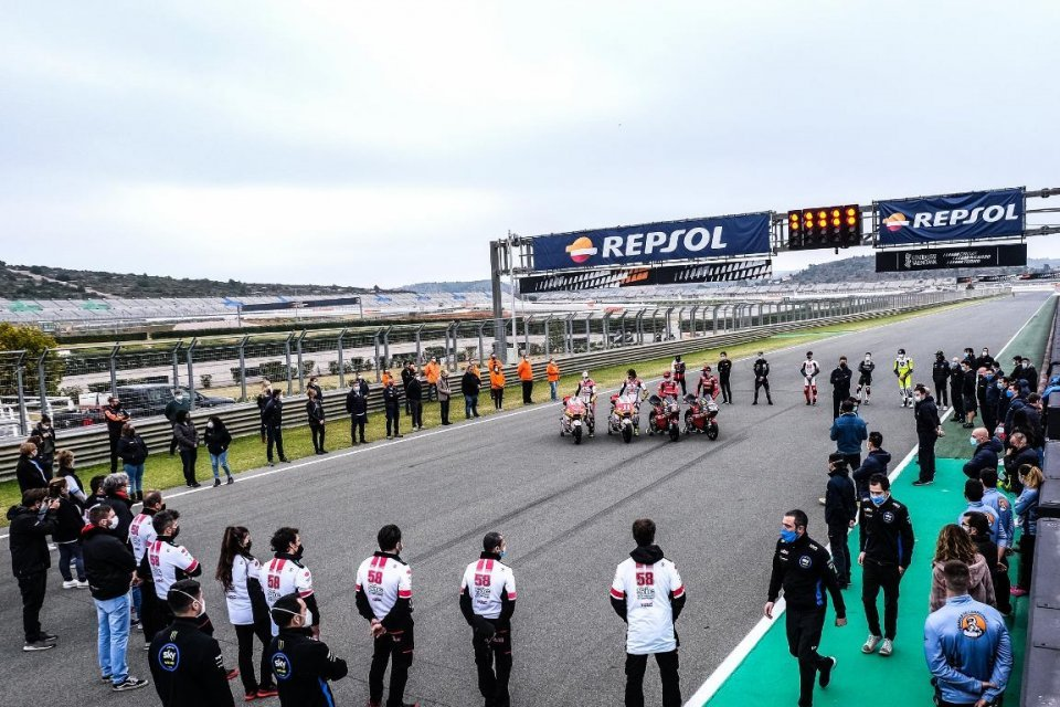 News: Valencia Tests: Moto2 and Moto3 on the track in memory of Fausto Gresini