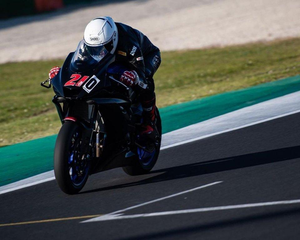 SBK: Nuova vita: Randy Krummenacher torna in pista con la Yamaha R6