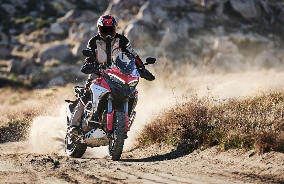 Moto - News: Ducati Riding Academy 2021: si aprono le iscrizioni per il DRE Adventure
