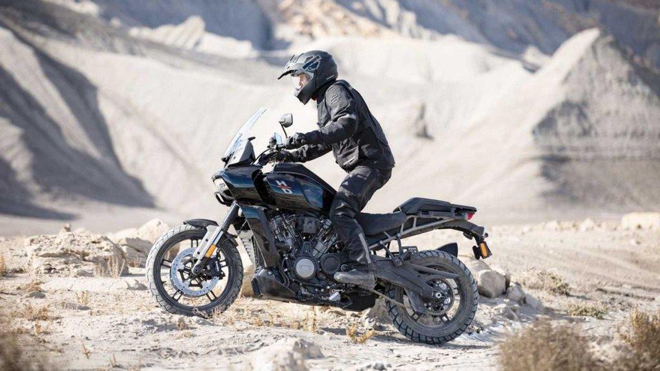 Moto - News: Harley-Davidson Pan America, tutte le novità della advenuture di Milwaukee