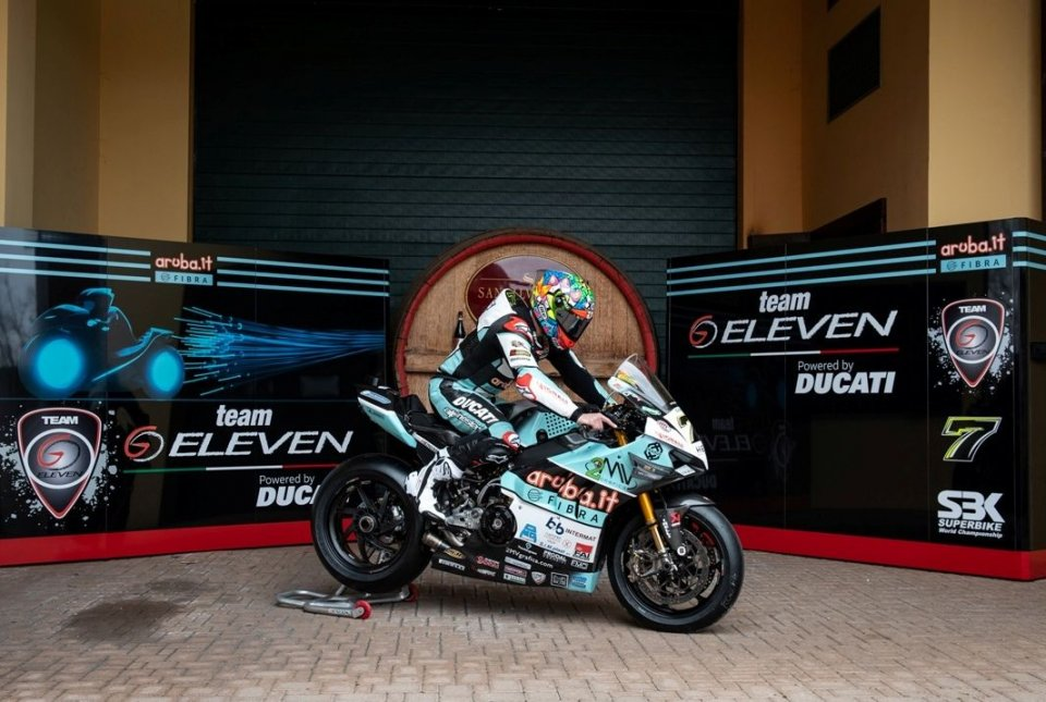 SBK: Go Eleven changes look! Here is the Ducati V4 of Chaz Davies