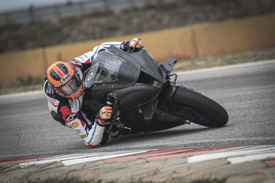 SBK: BMW scopre finalmente le carte: Sykes e van der Mark in pista a Jerez