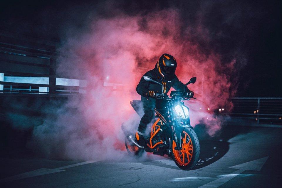 Moto - News: KTM 125 Duke, 390 Duke e 390 Adventure: aggiornamento dei prezzi
