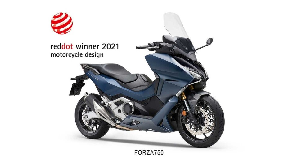 Moto - News: Honda Forza 750: il maxi scooter GT vince il Red Dot Award 2021