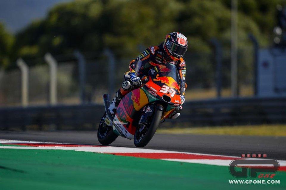 Moto3: Acosta fa il bis a Portimão. Completano il podio Foggia e Migno