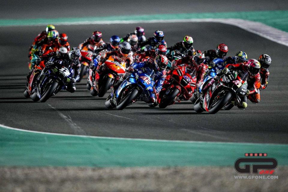 MotoGP: Pitch black: tutto in una notte, chi vince e chi perde dal buio di Losail