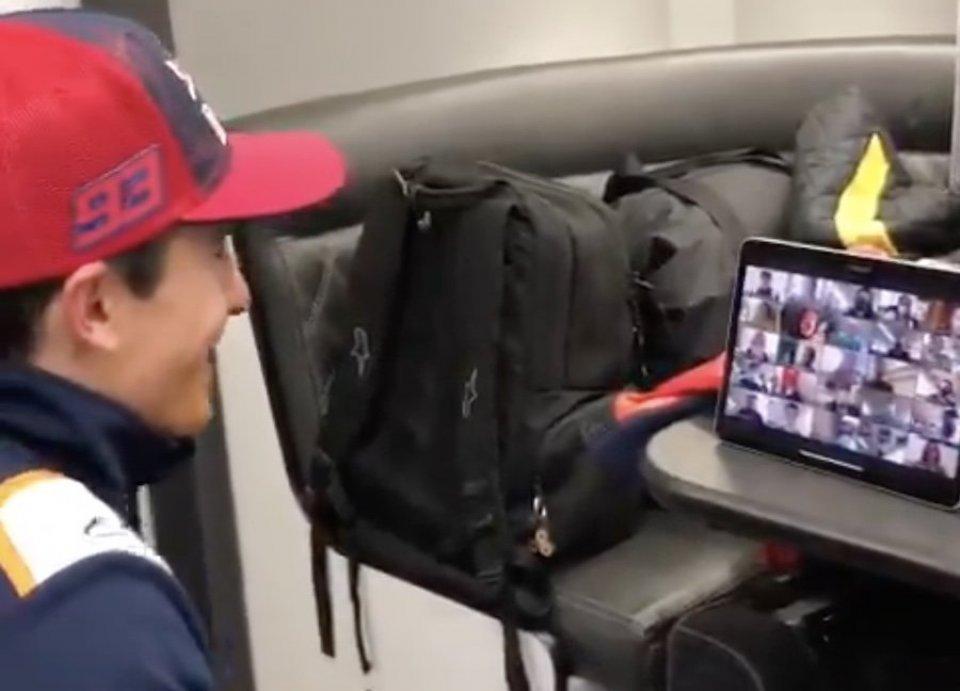 MotoGP: VIDEO - Journalists applaud the return of Marc Marquez on Zoom