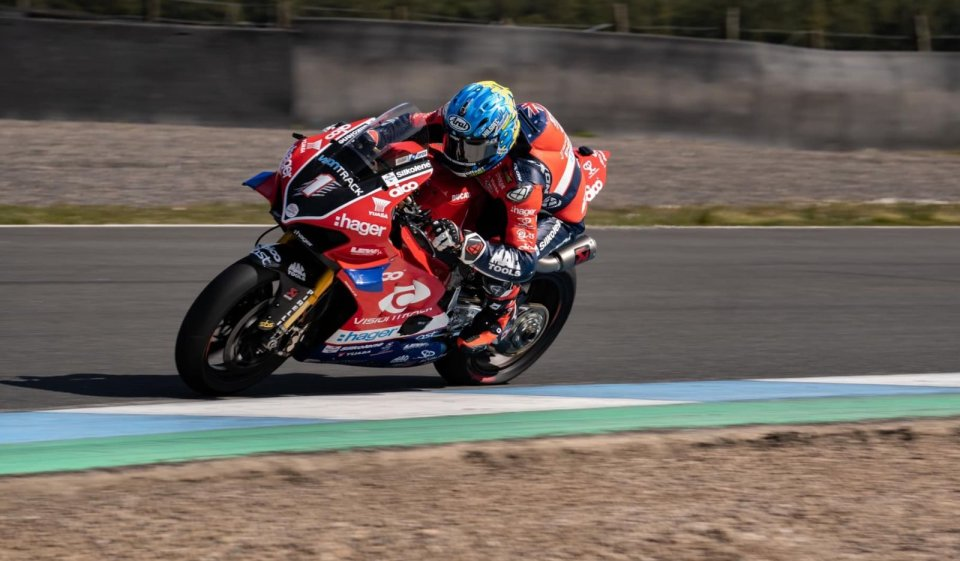 SBK: British Superbike 2021: a Silverstone il via del 'BSB Test Tour'
