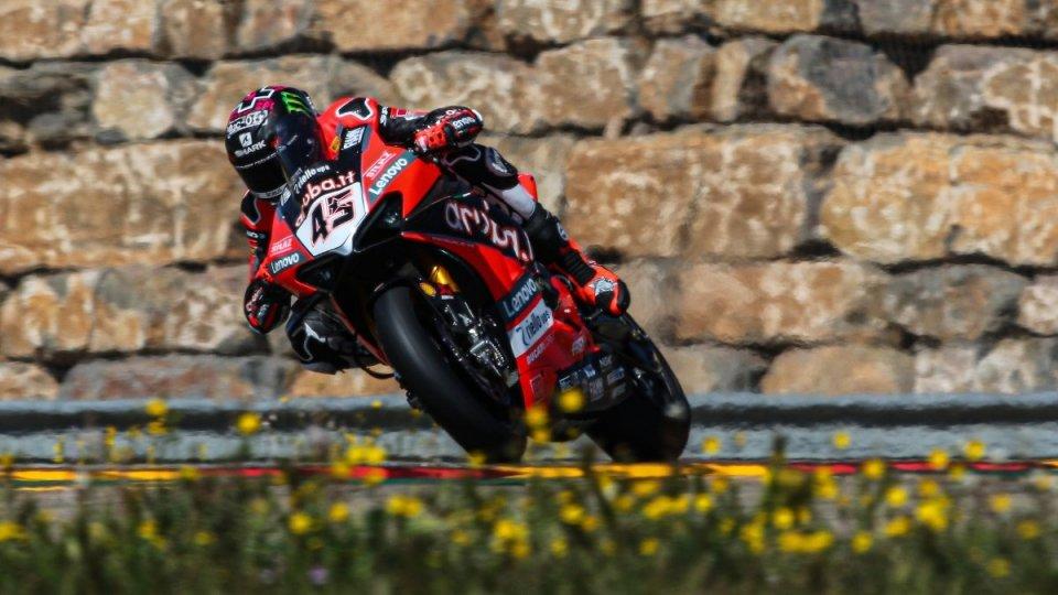 SBK: Redding e la Ducati infiammano i test di Aragon, Rabat a 1 secondo