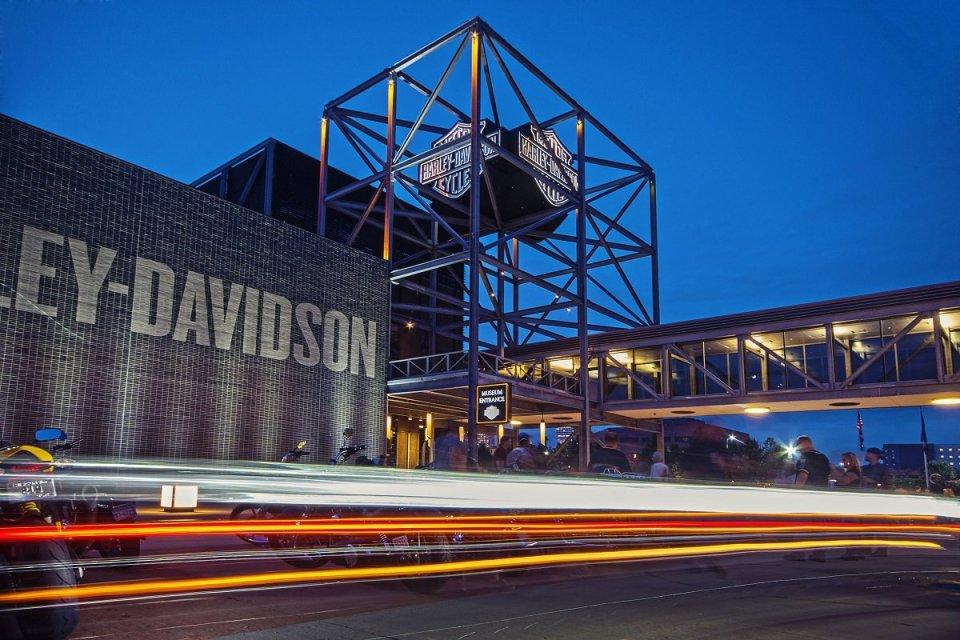 Moto - News: Dazi USA-UE sull'acciaio: aria di tregua. Harley-Davidson è salva?