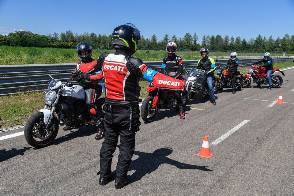 Moto - News: Ducati DRE Rookie Academy: il corso per i giovani patentati A2