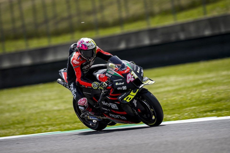 """MotoGP: Espargarò: """"We went from a moment of silence to pulling down our visors."""""""