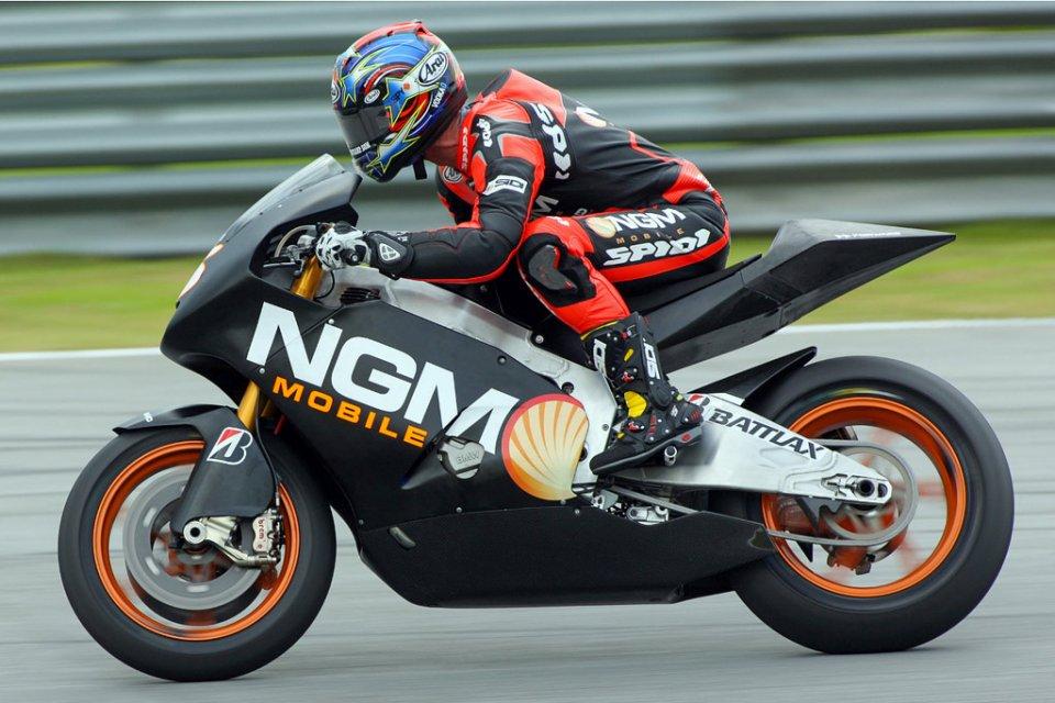 MotoGP: La CRT Suter-BMW all'asta: una 'quasi' MotoGP a prezzo di saldo