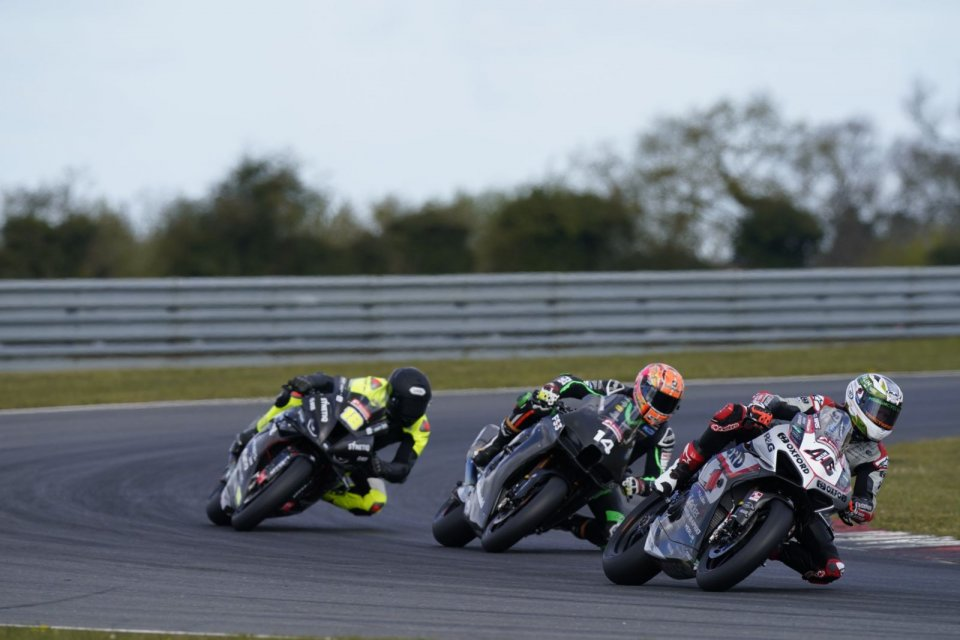 SBK: BSB: Rain and cold prevail, day 3 canceled at Snetterton