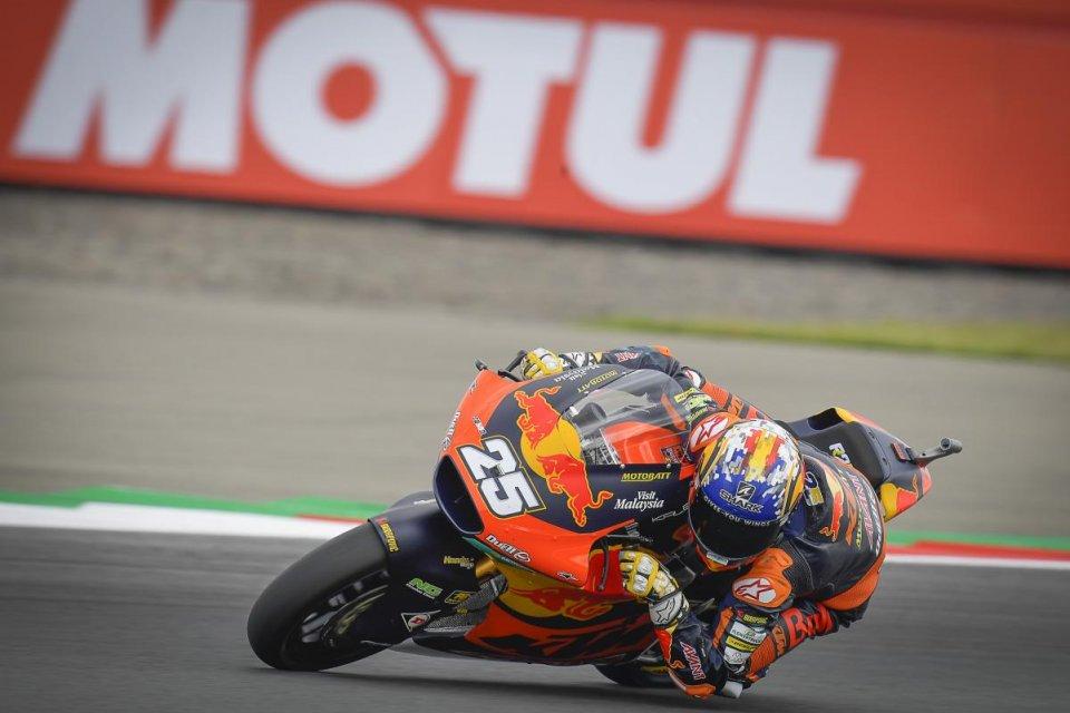 Moto2: Ad Assen Raul Fernandez torna a vincere, 2° Gardner