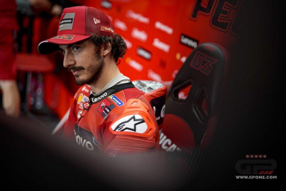"""MotoGP: Bagnaia: """"Neanche un giro veloce per i piloti fermi in mezzo alla pista"""""""
