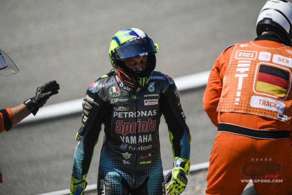 """MotoGP: Rossi: """"Ho continuato per essere un protagonista, così non mi piace"""""""