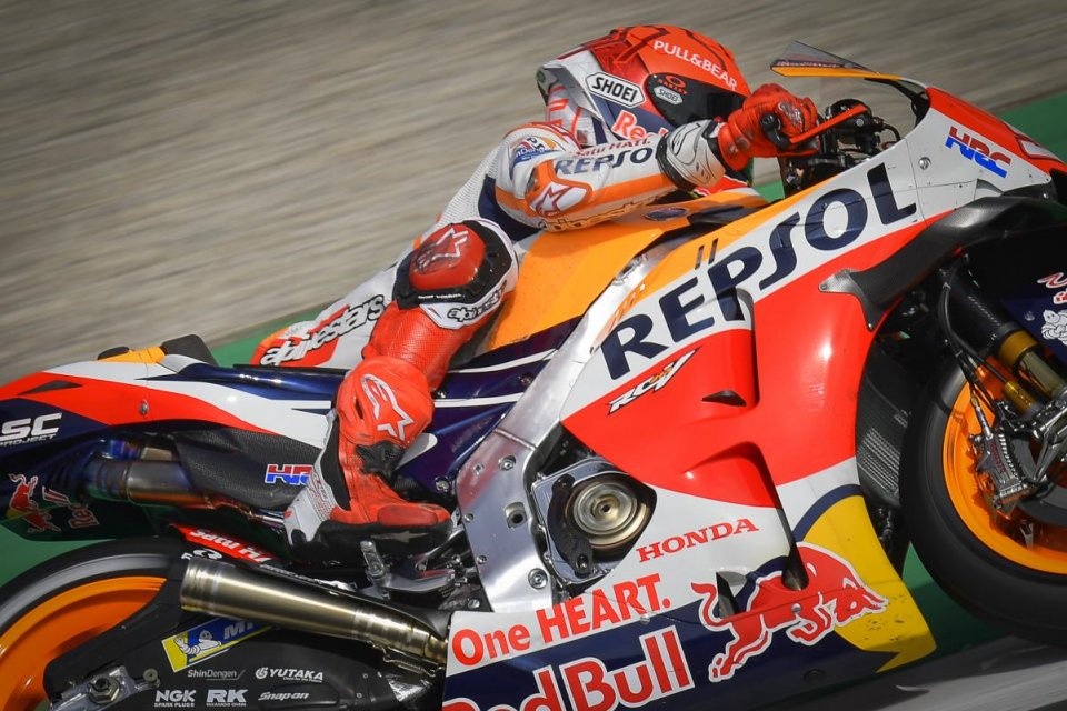 "MotoGP: Marquez: ""Sulla griglia ho detto a Puig: forse la mia gara durerà un giro"""