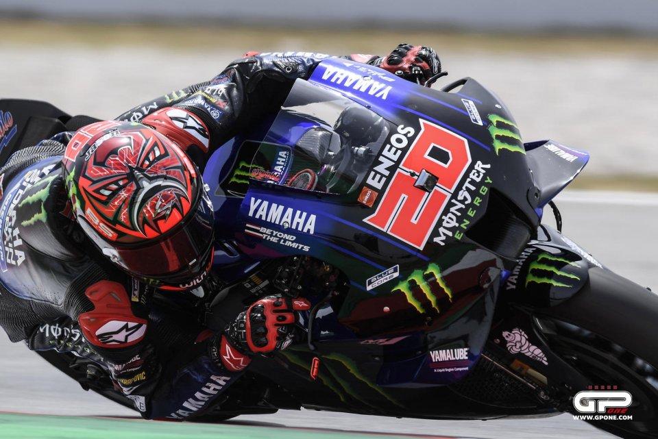 MotoGP: Quartararo in pole a Barcellona: Miller cade ma è 2°. Rossi scatta 11°