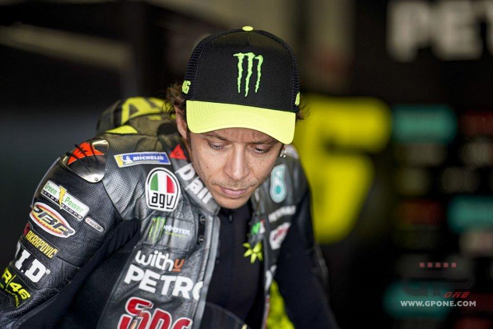 """MotoGP: Rossi, caduta dopo un GP nel Bronx: """"non avevo grip, una occasione sprecata"""""""
