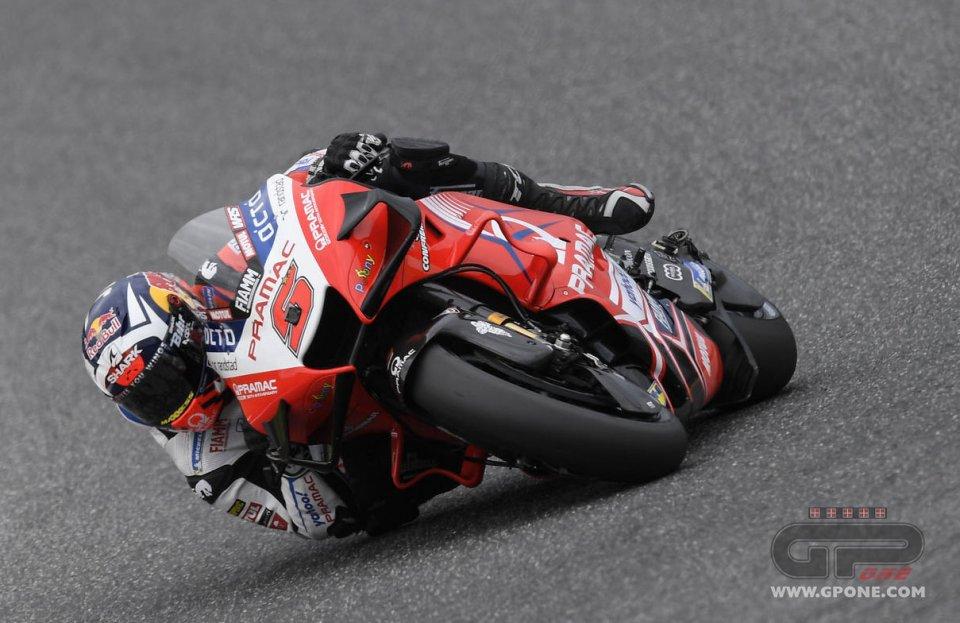 MotoGP: Zarco re del venerdì a Barcellona, Morbidelli 2°. Marquez e Rossi in Q1