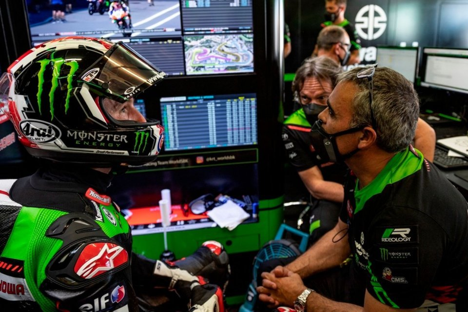 """SBK: Rea: """"FP1 a disaster, I had a problem with the rear brake"""""""