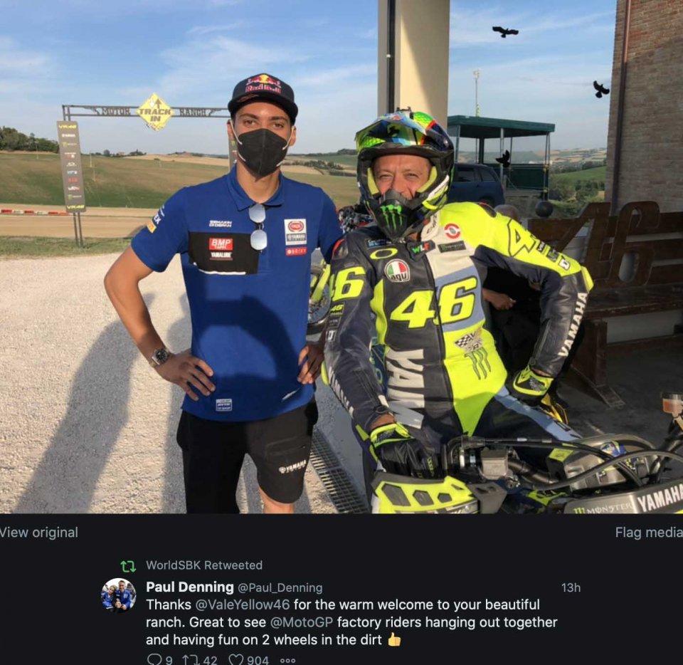 SBK: Toprak Razgatlıoğlu con Valentino Rossi al Ranch di Tavullia