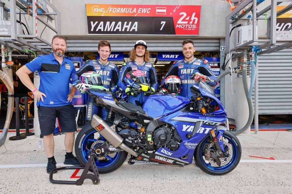SBK: La Yamaha con Hanika, Fritz e Canepa in pole nella 24 Ore di Le Mans