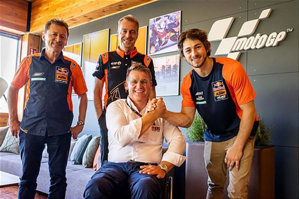 : Remy Gardner, son of the great Wayne, WC winner in '87, in KTM MotoGP starting from 2022